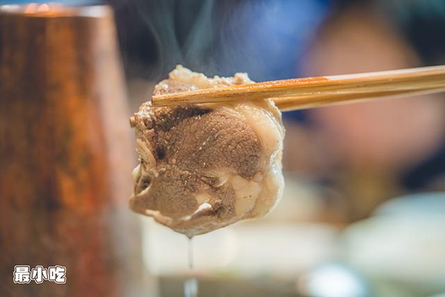 下雪天就想吃铜锅涮羊肉,平顶山这家大草原生态羊,陪你来过冬!插图24