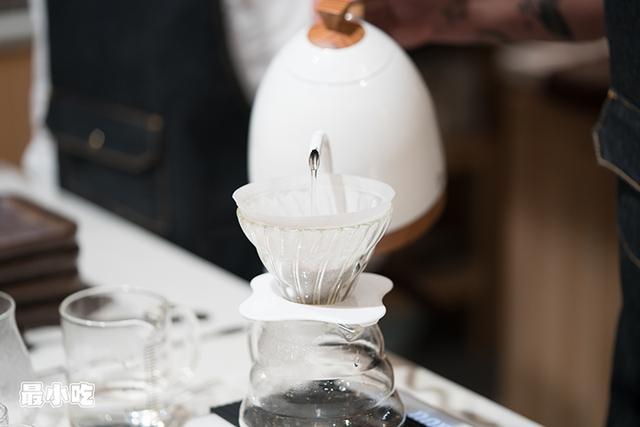 咖啡达人都来大平这家店打卡了,原因是仔细「摒挡」出的手冲咖啡插图5