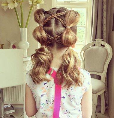 小孩子两股辫子,网友点赞过100万的扎发,这组儿童发型让她被赞巧手妈妈!