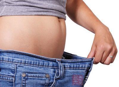 减肥操 4招减肥操轻松甩掉脂肪