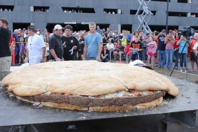 这些世界之最的汉堡,你一定没吃过!插图