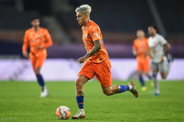 加时赛连进4球,鲁能两回合8-5淘汰河北华夏,郝伟迎执教首胜