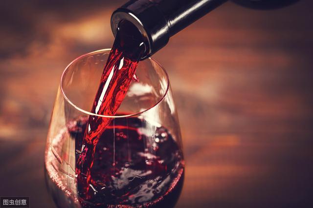 红酒过期了,别着急扔,看看这些妙用,变废为宝,扔掉太可惜了