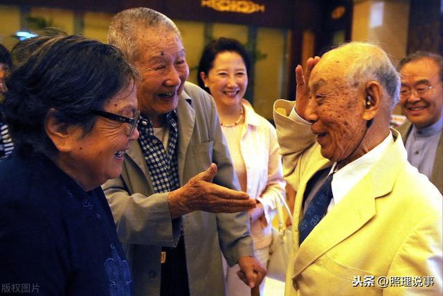 日本老人真长寿!65岁以上占3成,百岁老人超8万,好事坏事?-第3张