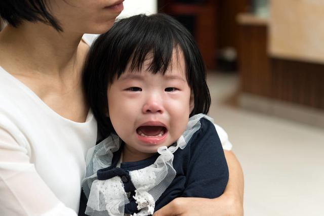 孩子看到娘,无事哭一场,为什么妈妈在孩子就不乖?