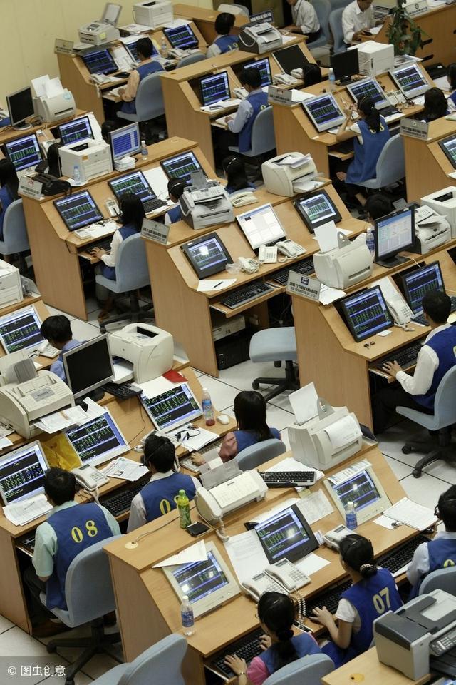 越南股市时间,越南股市2年翻2倍,房地产盈率27.16倍,3000多中国人涌入!