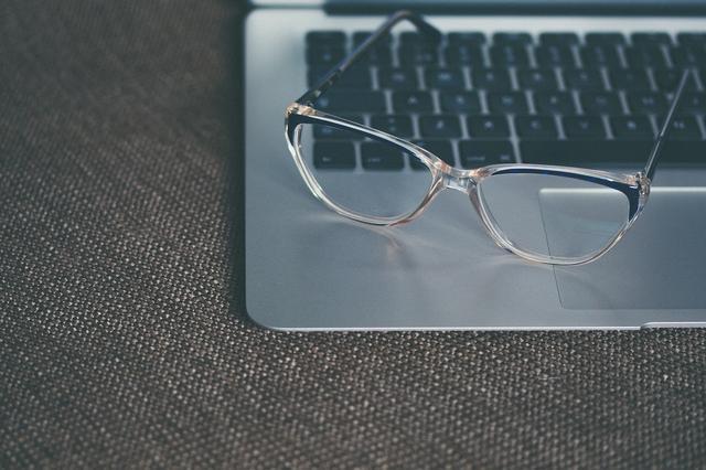 电视会伤眼?戴眼镜会依赖?这些传闻到底是真是假?