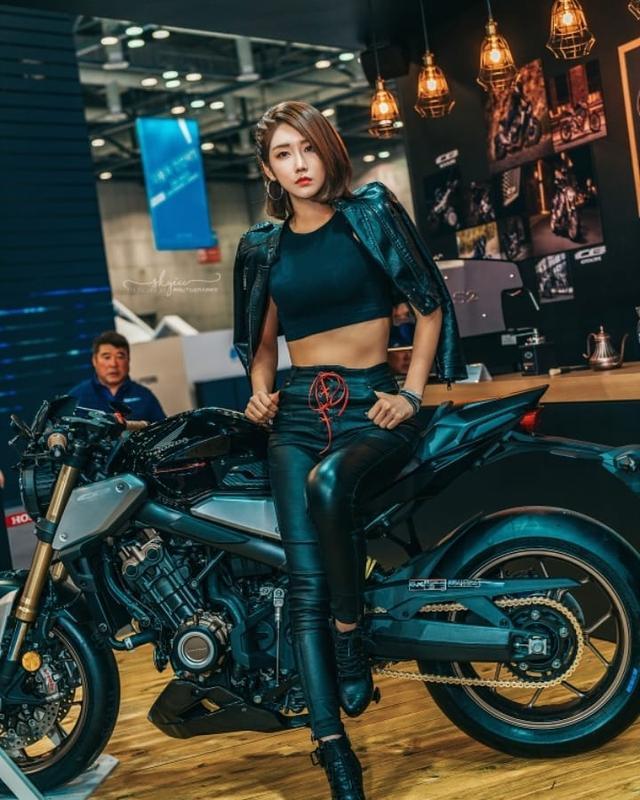 韩国高冷车模柳多妍,翘圆臀加大长腿性感魅惑,臀腿综合训练打造插图6