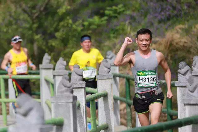 """平顶山周边5A级景区演出""""2018山地马拉松""""大赛,上万人围观!插图9"""