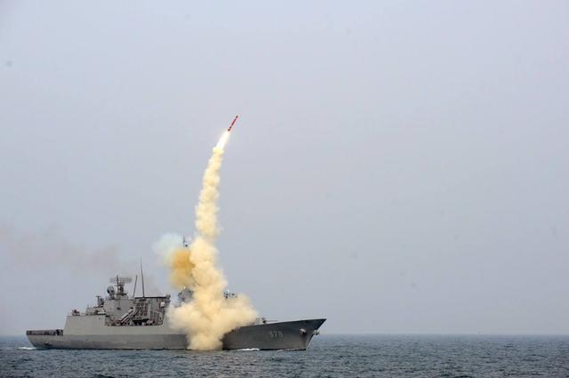 美国军舰再次进入黑海,这又是想释放什么信号?-第1张