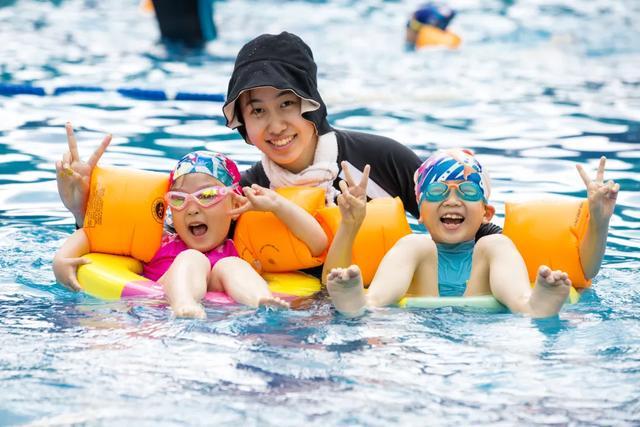 """禹州绿城蘭亭海豚计划开课啦 准备好变身""""小海豚""""了吗?"""