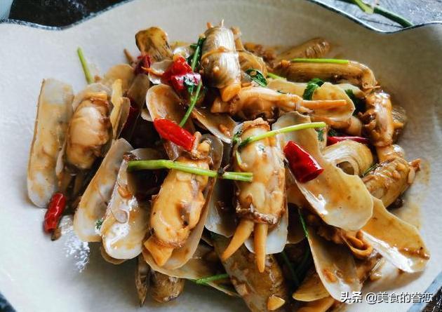 菜谱:辣炒小人仙,回锅肉,红烧肉,肉末蒸豆腐