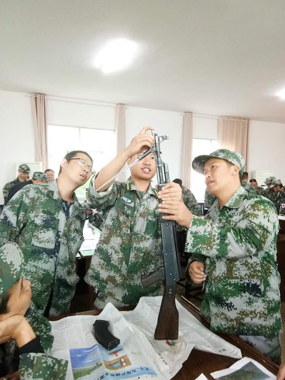 湖南省保靖县第二期基干民兵训练:紧贴使命任务、强化专业技能-第4张