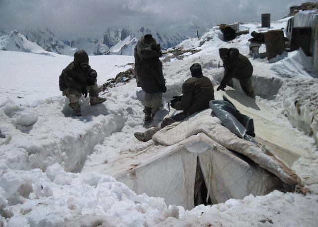 印媒罕见披露大雪封山前拉达克真实情况,三万印军正缺少防寒服 全球新闻风头榜 第2张