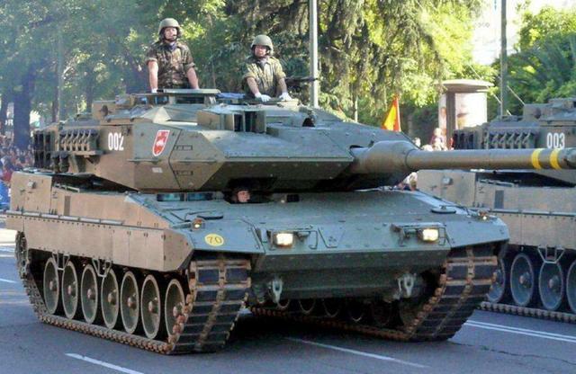 连买中国四批VT4坦克,泰国表示:价格良心,性能先进【www.smxdc.net】 全球新闻风头榜 第3张