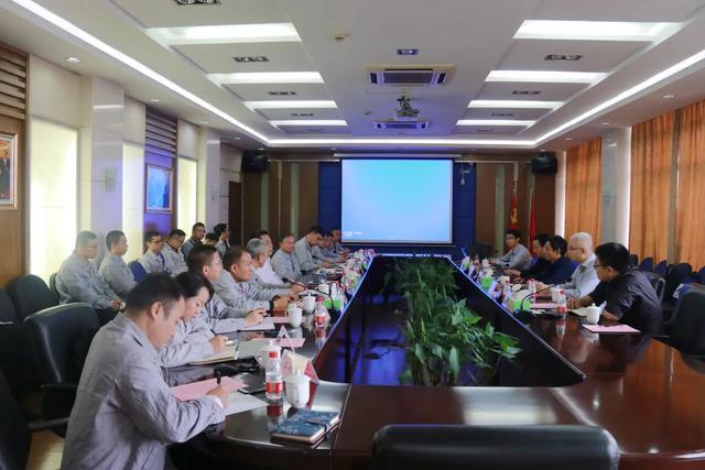 上海交通大学安徽陶铝新材料研究院院长王浩伟一行进华菱参观交流