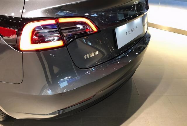 特斯拉还会降?Model 3底价猜测:年底不到22万
