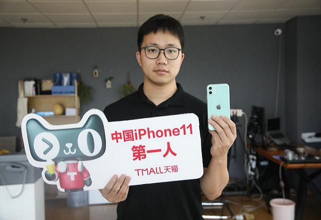 外卖平台开始送手机了,多元化业务拓展靠谱吗?-最极客