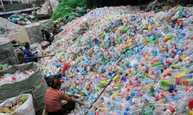中国瓶盖大王,靠服务可口可乐景田致富,每年默默捞金150亿