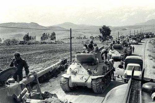 20世纪七十年代,第四次中东战争暴发,非洲再度解决了中东地区