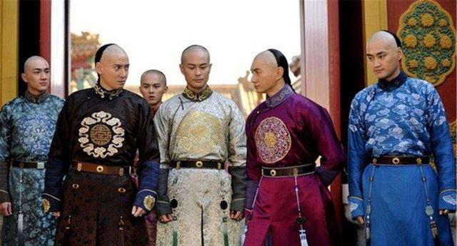 正黄旗特点,带你了解清朝的八旗制度:出则为兵,入则为民,并不全是满人
