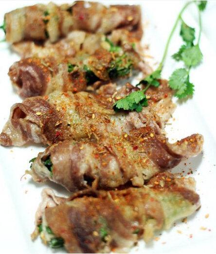 吃货美食:孜然羊肉菜卷、胡萝卜玉米饼、西红