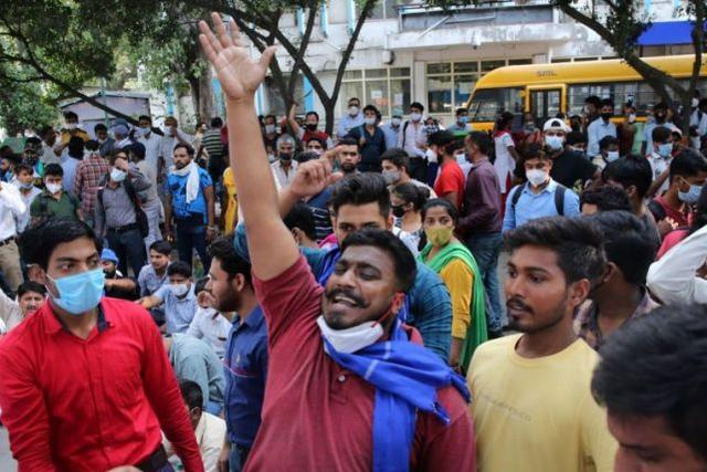 19岁女孩被高种姓男子轮奸虐待致死,印度爆发抗议-第4张