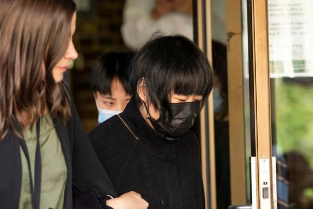 悉尼华女坠楼案最新进展:受害者坠楼后又被前女友残忍的补了58刀-第8张