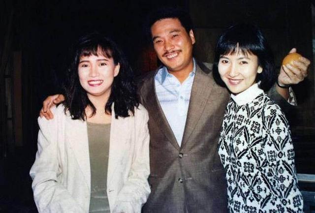 吳孟達與麥莉莉結婚18年,生雙胞胎女兒,為何後來卻娶了侯燕珊?