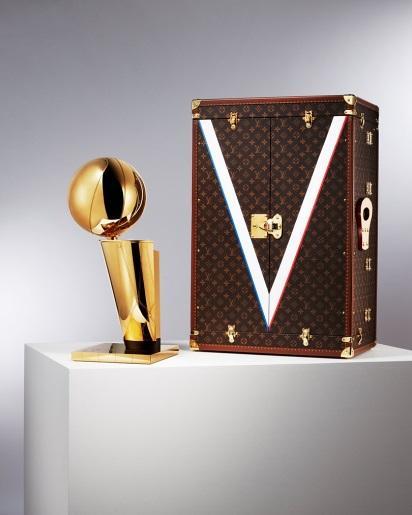 <b>1足球比分新闻-LV成为NBA总冠军奖杯旅行箱的赞助</b>