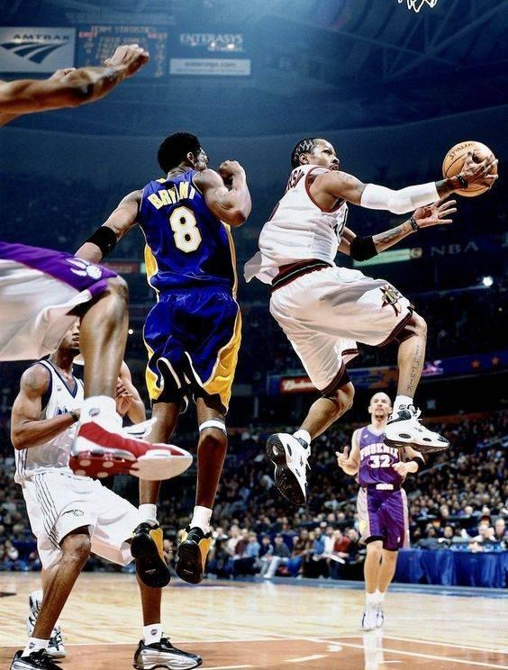 NBA老照片:艾弗森自抛自接潇洒上篮瞬间_pc加拿大28