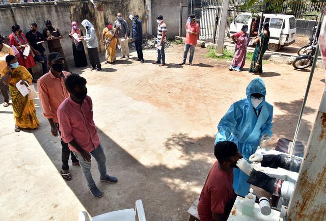 印度累计确诊病例超180万例 连续5天日增逾5万例www.smxdc.net