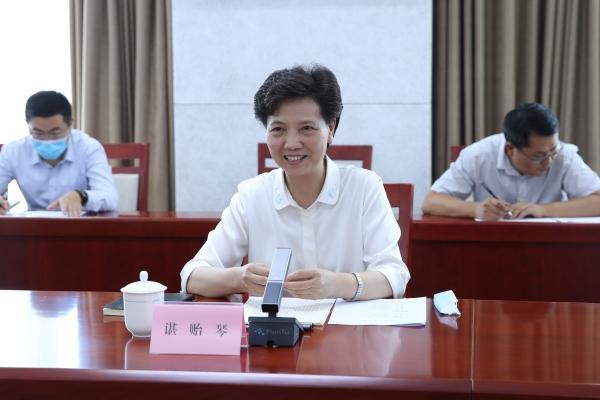 刘永富会见贵州省委副书记、省长谌贻琴一行