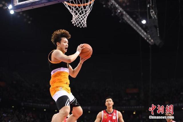 """""""丁彦雨航风波""""落幕:中国职业篮球,别让遗憾重演-第1张"""