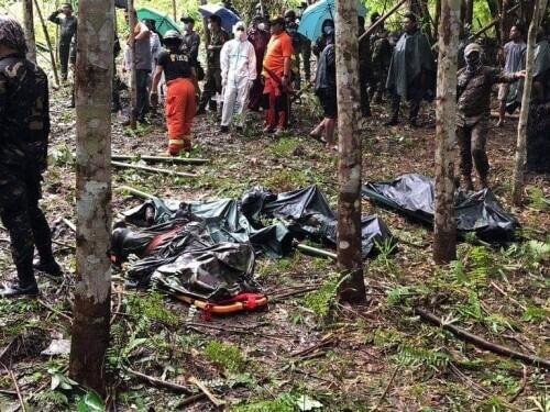 菲律宾南部一架直升飞机坠毁 4名军人死亡-第1张