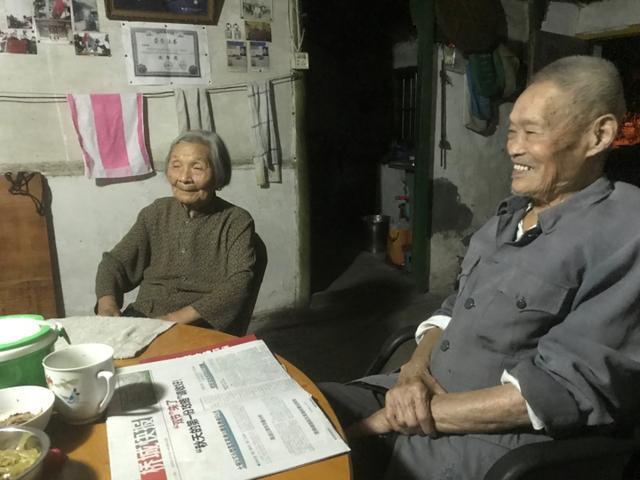 92岁老兵农家小院升国旗20年 这份使命交给七旬儿子-第8张