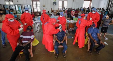 斯里兰卡一服装厂超千人确诊:已生产2亿只口罩出口美国