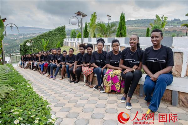 卢旺达90后女企业家:在中国学习电商改变我的命运