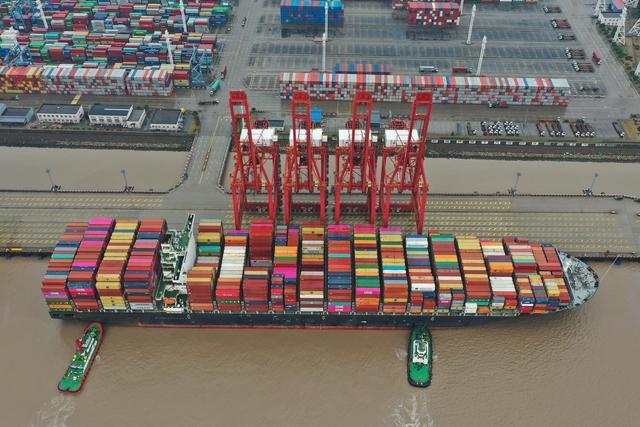 出口集装箱供应短缺折射中国外贸持续升温