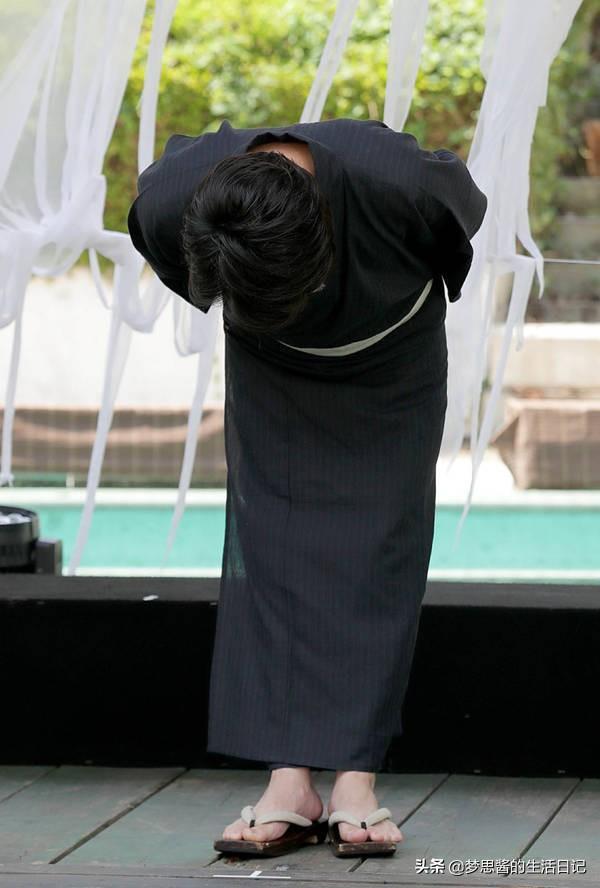 KAT-TUN龟梨和也,以神妙的表情道歉严重警告处分后首次公开场合www.smxdc.net