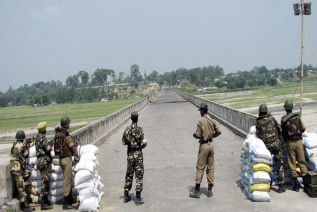 印巴再起冲突,印度无端开火致1巴基斯坦士兵死亡,巴方猛烈回击-第4张