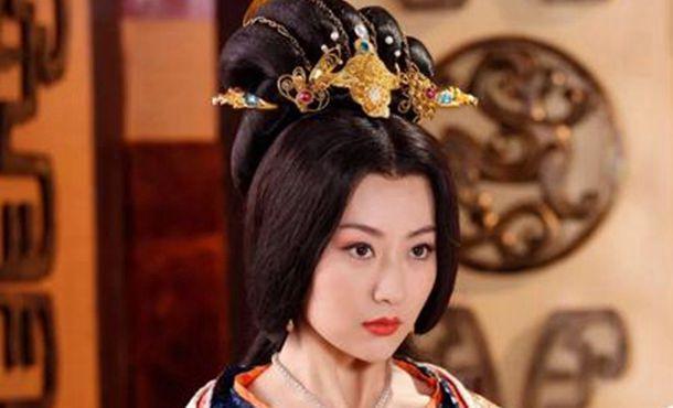 历史上的万贞儿画像,明朝后宫混的最成功的三位贵妃,大名鼎鼎的万贵妃却只能排第二