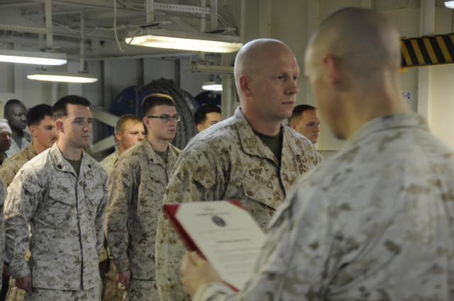 美海军陆战队员发布辱华视频后被调查,称遇到中国人就开枪 全球新闻风头榜 第3张