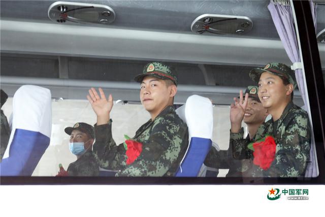 入伍季丨武警北京总队新兵四大队喜迎新兵入营-第2张