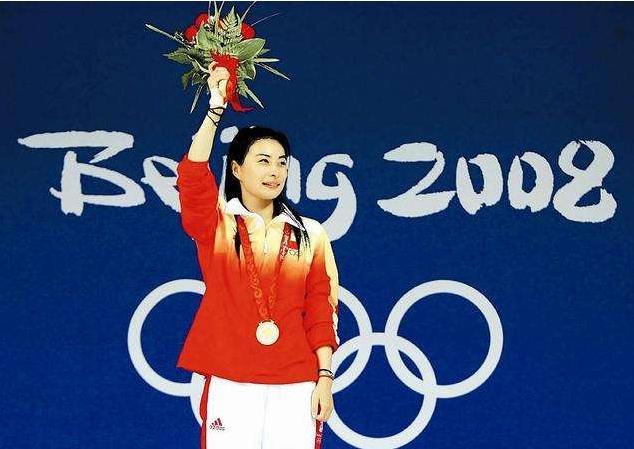 "<b>4547足球比分-她是中国的""跳水女皇"",退役后成</b>"