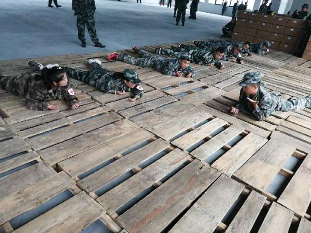 湖南省保靖县第二期基干民兵训练:紧贴使命任务、强化专业技能-第3张