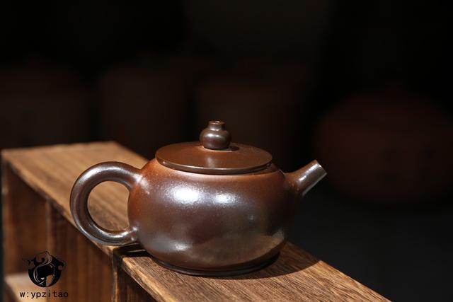 建水紫陶柴烧与白泥柴烧泡茶,口感上有什么区别? 紫陶特点-第7张