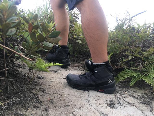 Salomon薩洛蒙登山鞋靈活又輕巧,顛覆傳統登山鞋的測評體驗