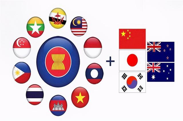 中日韩自贸协定迈出重要一步!美国对日韩的胁迫宣告失败