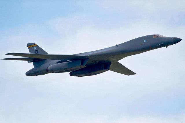 8月16日!美军B-1B轰炸机逼近东海防识区,解放军早有言在先www.smxdc.net